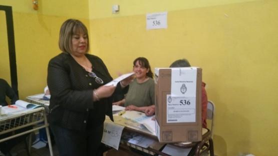 Cristina Aranda votando. Río