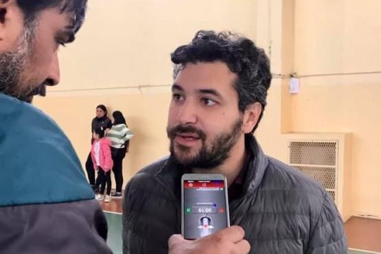 """El candidato del sublema """"Presente con futuro"""", Adriel Ramos."""