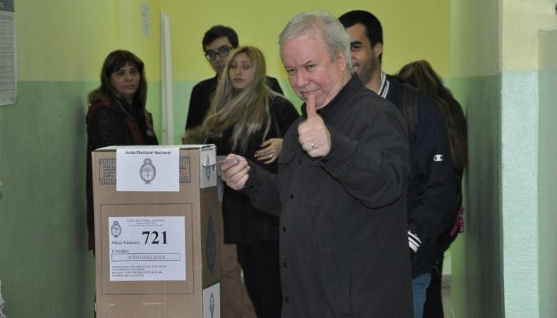 Daniel Peralta, candidato a intendente.