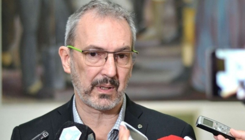 El Ministro de Salud de Chubut.