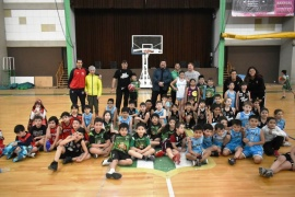 Más de cien chicos disfrutaron del Encuentro de Mini Básquet