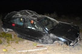 Una pareja de Comodoro falleció tras volcar llegando a Caleta Olivia