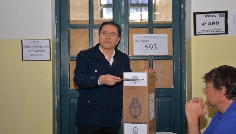Jorge Cruz explicó el reclamo sobre la diferencia de votos. (Foto C.R.)