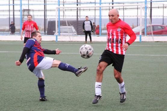 Un partido trabado se vio en la Pino el último miércoles.