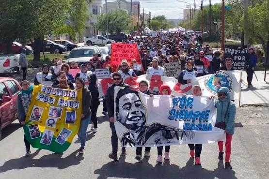 La marcha en las calles (C.Robledo).