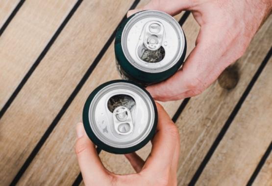 Revelan un sencillo truco para abrir latas y se vuelve viral
