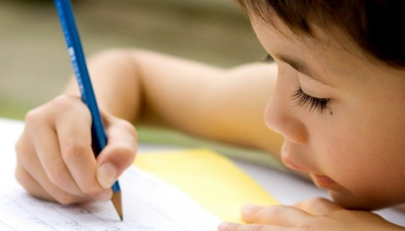 Niño haciendo su tarea (Foto ilustrativa)