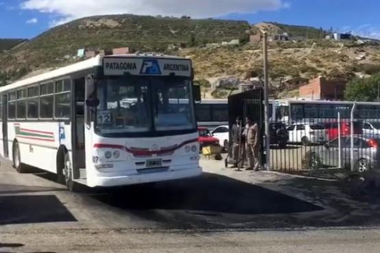 Transporte urbano: el lunes habría retención de servicio de UTA