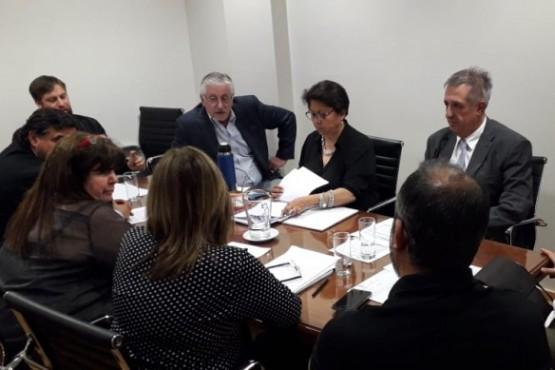Diputados se reunieron con el ministro Antonena.