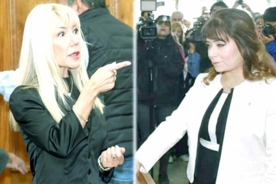 Popis Zari (Der.) hizo una férrea defensa de su accionar y cuestionó a Renee Fernández (Izq.).