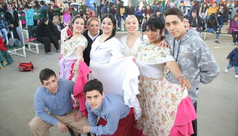 Vestimentas típicas en la Sociedad Rural. (Foto: C.G.).