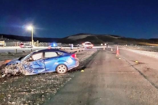 El Ford Fiesta tras el impacto.