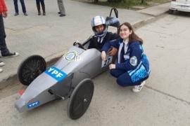 Alumnos de Pico Truncado participan del Desafío ECO YPF