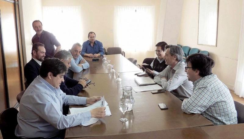 Integrantes de la CTA ayer reunidos con los diputados.