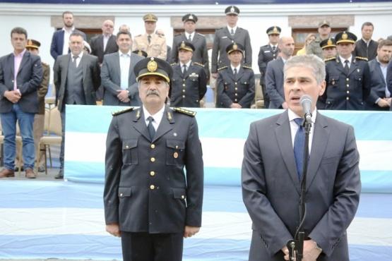 El acto central por el aniversario de la Policía se realizó en Jefatura. (Foto: C.G.)