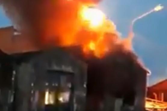 Incendio en el corralon.