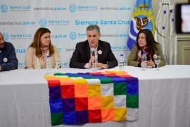 """Lanzaron seminario """"Abuelas y el derecho a la identidad"""""""