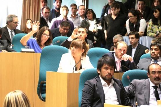 Los diputados se preparan para la última sesión de la actual gestión. (Archivo).