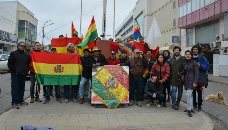 Los residentes bolivianos en el centro de Río Gallegos (C.Robledo)