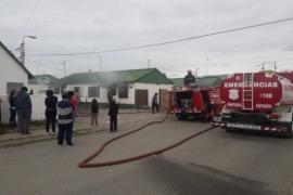 Incendio en dos viviendas contiguas en la ciudad