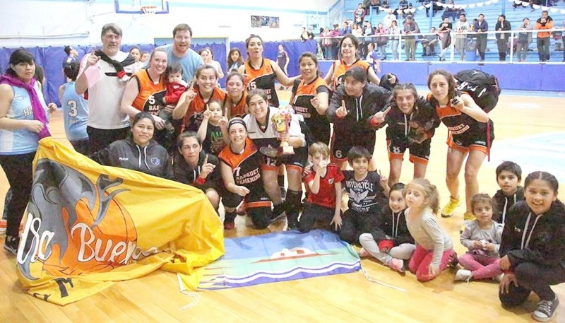 Las foráneas y la alegría por su primer título en Río Gallegos.