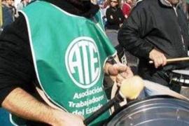 ATE Santa Cruz convocó al paro por la postergación de las paritarias salariales