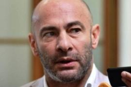 Retirados y pensionados de la Policía repudiaron agravios de Federico Massoni al suboficial Moreyra