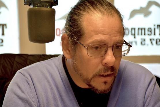 El concejal del FPV, Alejandro Leal en Tiempo FM.