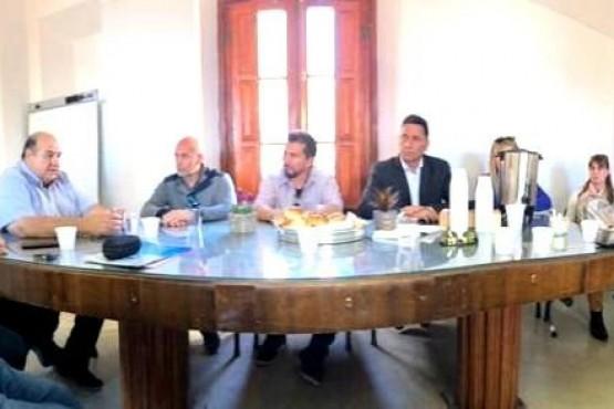 El Ministro García comenzó a delinear los ejes turísticos en Comodoro Rivadavia
