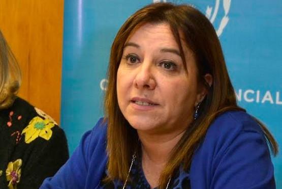 María Cecilia Velázquez, presidenta del Consejo Provincial de Educación de Santa Cruz, es una de las firmantes.