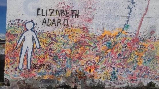 El recuerdo de Elizabeth volvió al mural. (Cuerpas Ausentes)