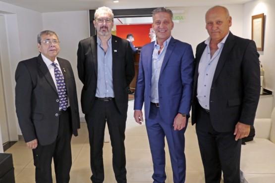 Arcioni firmó acuerdo de Atención Sanitaria Recíproca