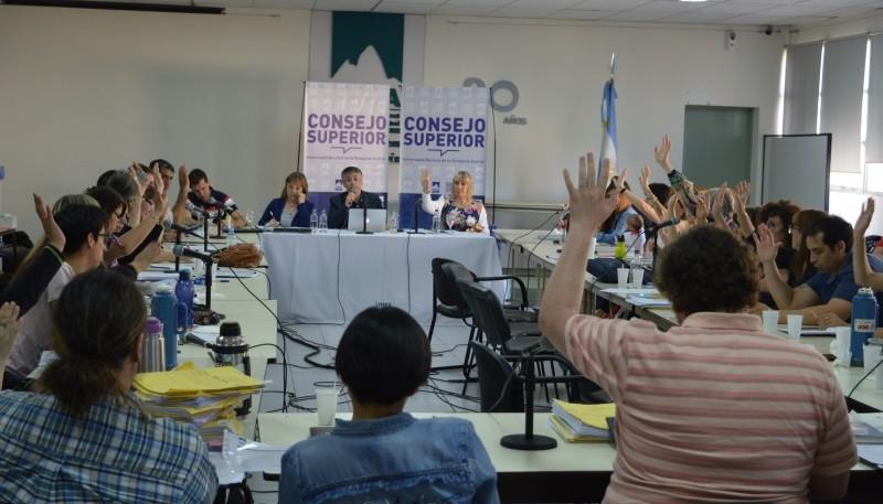 El Consejo Superior aprobó el calendario académico 2020