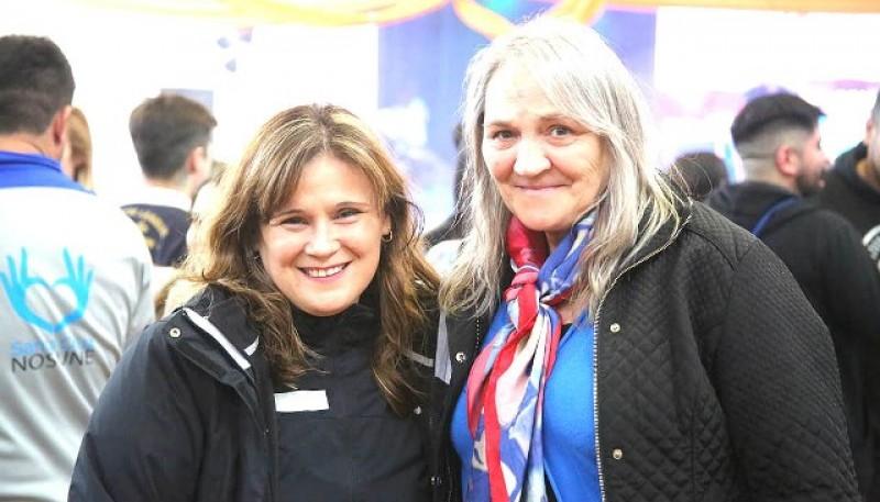 Paola Vessvessian y Bárbara Wienzettel