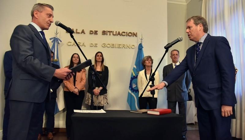 Arcioni le tomó juramento a Marcelo Lizurume.