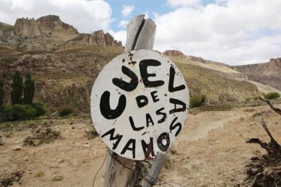 Fallo a favor de una minera le permitiría explorar a 17 km de la Cueva de las Manos