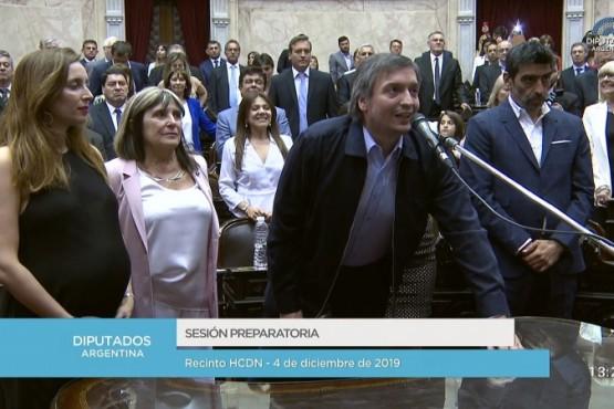 Máximo Kirchner jurando.