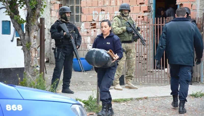La policía recuperó algunas de las pertenencias del damnificado. (Foto: C.R.)
