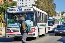 Mañana podría haber paro de transporte urbano en Comodoro
