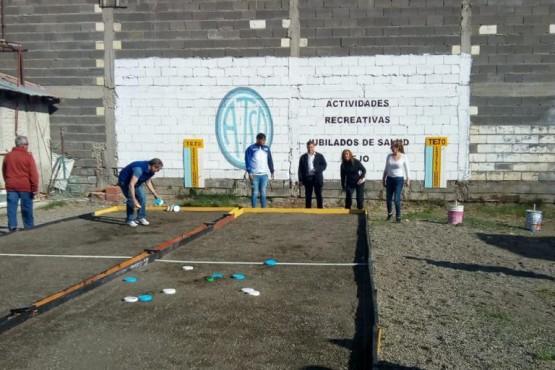 Jubilados de ATSA terminan el año con nuevas canchas de tejo