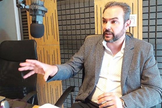Federico Estesso, ayer en el estudio de Tiempo FM.