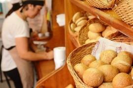 Volvió a aumentar la harina e impactó en el precio del pan