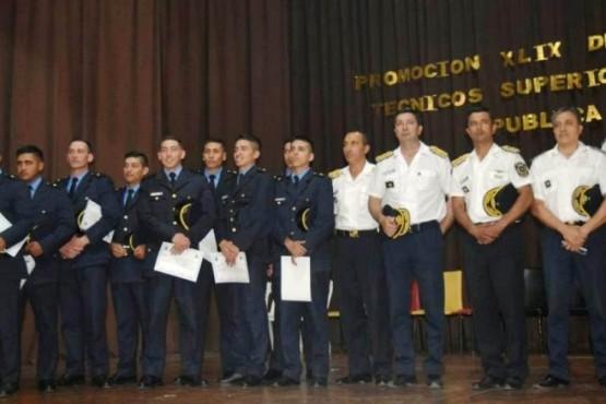 Presentaron a los 18 nuevos oficiales ayudantes