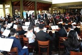 La Orquesta Sinfónica Juvenil brilló en el glaciar Perito Moreno