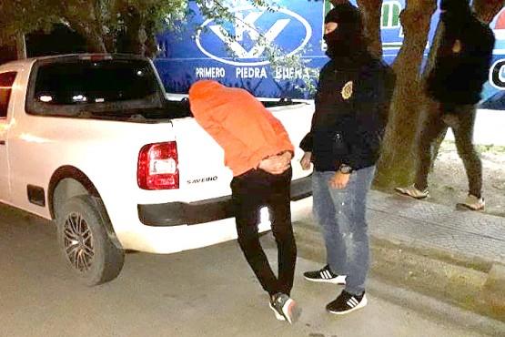 Personal de Investigaciones y Narcocriminalidad.
