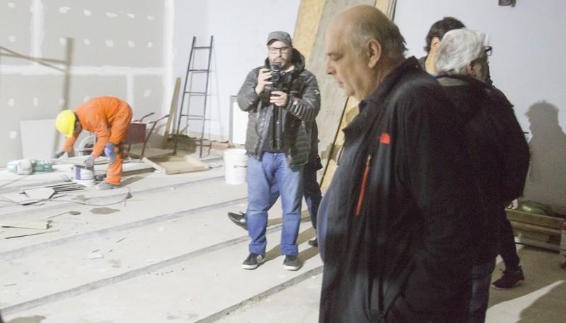 Roberto Giubetich en el teatro.