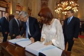 Alberto Fernández y Cristina Kirchner asumen como Presidente y Vice