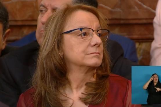La Gobernadora en la asunción de Alberto y Cristina.