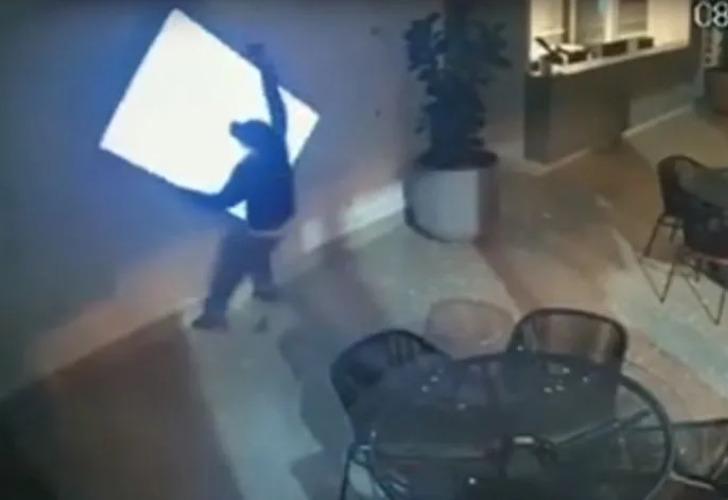 Captura de video del momento del robo.