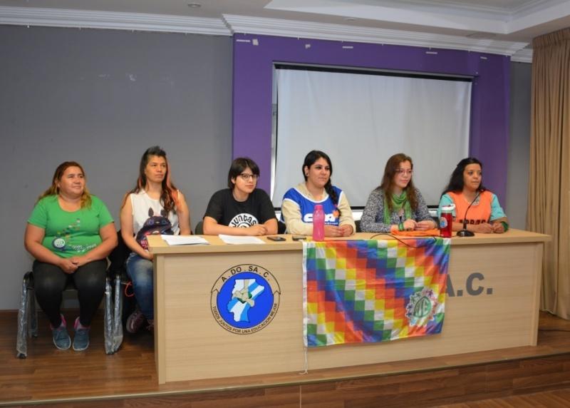 Conferencia de prensa de hoy. (C.R)